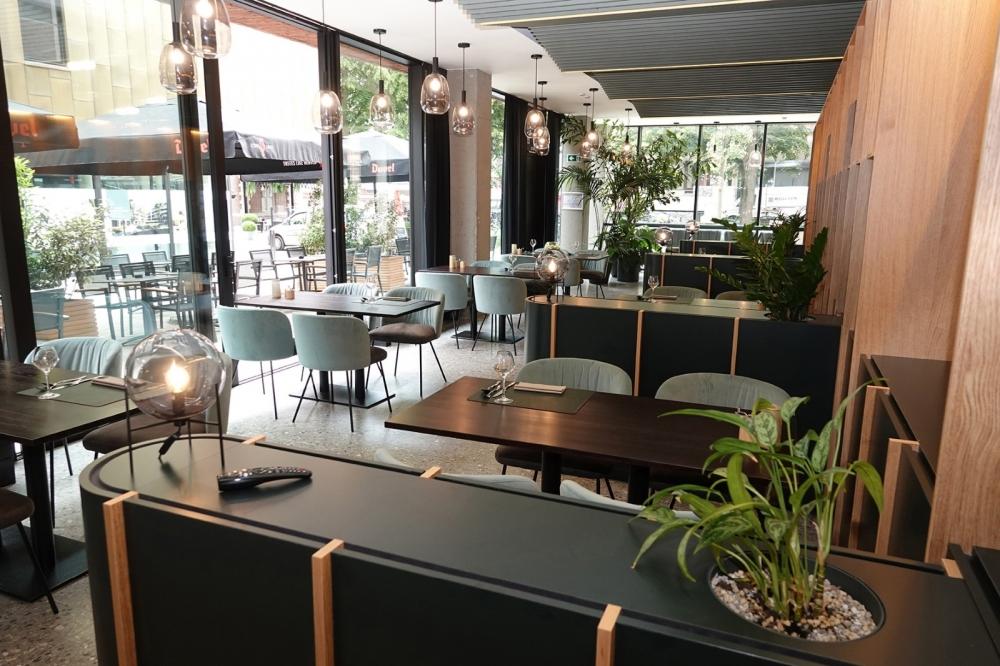 Ursulinenhof Brasserie 01