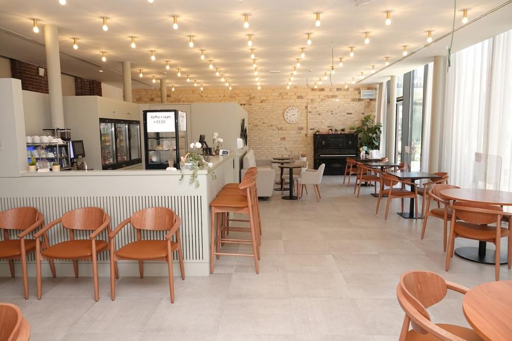 Angelahof Brasserie 02