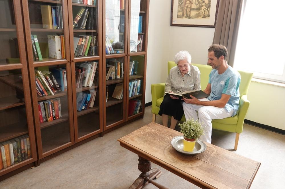 Milsenhof bibliotheek 1