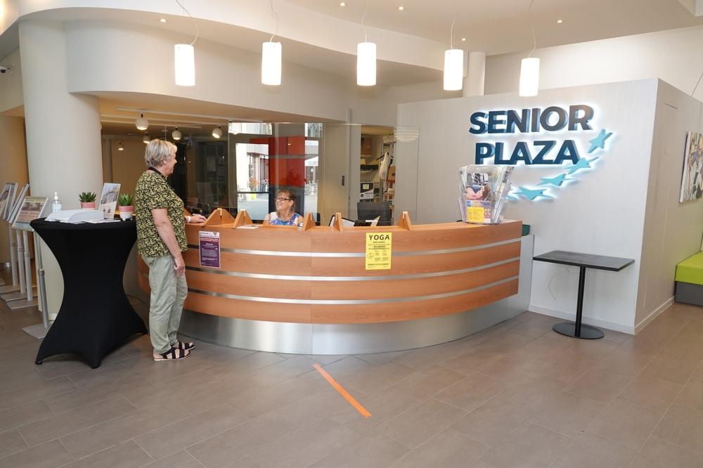 Senior Plaza inkom  2